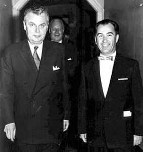 Paul Yuzyk with the Prime Minister of Canada John Diefenbaker (1963).