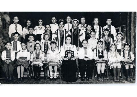 3-Kalyna_0000_UNF West Toronto School choir0001